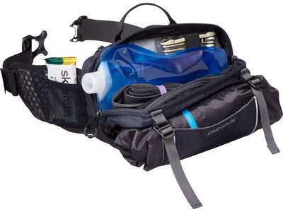 Chuckanut Hip Pack, main inside compartment